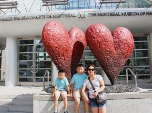 mom and kids in front of Montreal Museum of Fine Arts